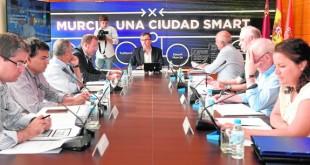 03-08-16 Alfonso Duran Reunión del Comité de Estrategia del Gobierno en Tecnologías de la Información (TI) del Ayuntamiento de Murcia para coordinar el proyecto 'MiMurcia'