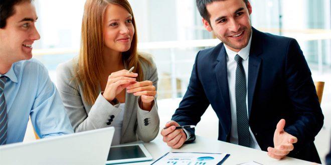 Gobierno y empresarios analizan la situación del emprendimiento