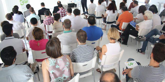 Tres emprendimientos exitosos comparten sus experiencias a 22 aspirantes murcianos