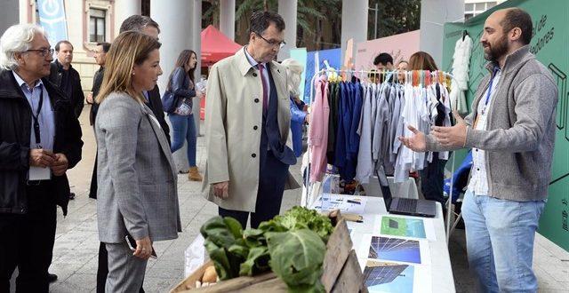 Más de 100 emprendedores exponen sus ideas de negocios en Murcia