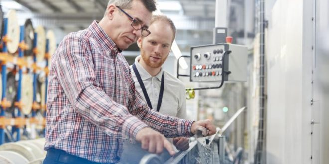 Empresas murcianas lideran el índice de entrada de pedidos en el sector industrial