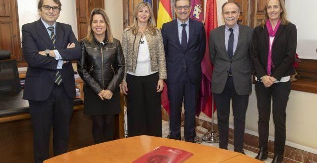 Universidad de Murcia y Bankia firman un acuerdo para realizar el informe GEM