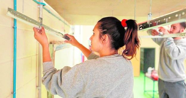 Servicio de Empleo del Ayuntamiento de Murcia atiende las necesidades de más de 700 personas