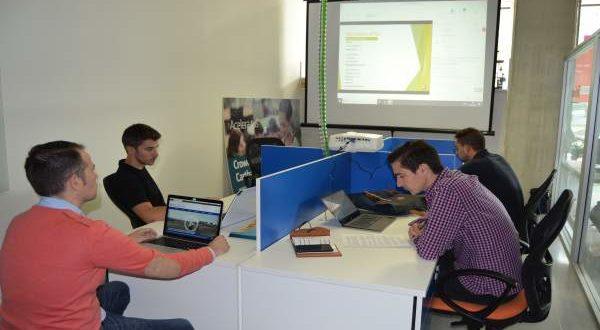 UPCT facilita espacio a 8 emprendedores para desarrollar sus nuevos negocios